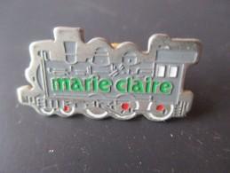 Pin´s --   Revue -  MARIE  CLAIRE - Marche