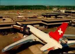 AEROPORT DE ZURICH AVEC AVION....CPM - Aerodrome