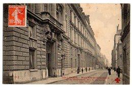 Cpa    Tout Paris    Ministère Du Commerce Et De L'Industrie, Rue De Varenne     TBE - District 07