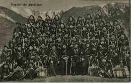 REGIMENT DE CHASSEURS ALPINS- FRANZOSISCHE ALPENJAGER - Photo Allemande D´un Régiment Français - Régiments