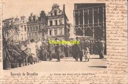 CPA BRUXELLES NELS SERIE 1 No 133 LE MARCHE AUX FLEURS SUR LA GRAND PLACE - Marchés