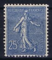 France: Yv Nr  132 MNH/**/postfrisch/neuf Sans Charniere 1906 Vertical Gumfold - 1903-60 Säerin, Untergrund Schraffiert