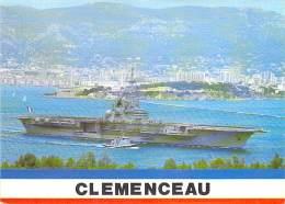 """BATEAU DE GUERRE ( France ) Porte Avion """" CLEMENCEAU """" - CPSM Photo Noir Blanc PF - Warship Kriegsschiff Oorlogsschip - Guerra"""