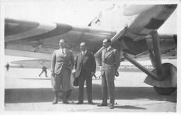 CARTE PHOTO - PILOTES à IDENTIFIER - LE BOURGET - PHOTOGRAPHE; ANDRE - Airmen, Fliers