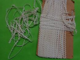8 M De Croquet Coton Blanc Larg 6mm De Large Pour Agrementer Robe De Poupee - Habits & Linge D'époque