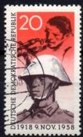 Abart November-Revolution Matrose 1958 DDR 662 O 65€ Rar !! Jahrestag Berlin 1918 Papp-Chinese Used Stamp Of GDR Germany