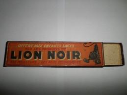 BOITE DE CRAYON OFFERT AUX ENFANTS SAGE LION NOIR BAIGNOL ET FARJON - Autres Collections
