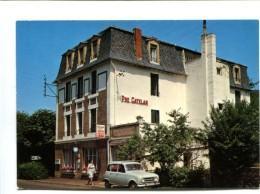 Cp - SAINT NECTAIRE (63) - Hôtel PRE CATELAN (Renault 4L) - Saint Nectaire