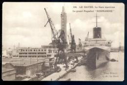 Cpa Du 76 Le Havre  La Gare Maritime -- Le Grand Paquebot Normandie      LIOB55 - Le Havre