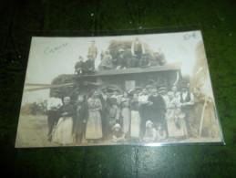 PHOTO CARTE D'UN GROUPE DE PAYSANS AU CHAMP  EN CREUSE - Agriculture