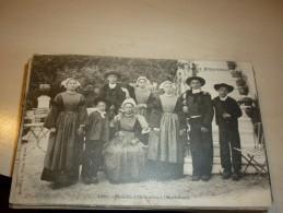 56 - Hennebont : Une Famille : Animée - Hennebont