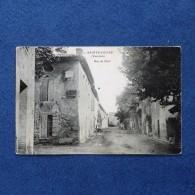 CPA-84-SAINTE CECILE-Rue De Suze-(port Gratuit) - France