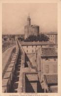 Cp , 30 , AIGUES-MORTES , Les Remparts , Chemin De Ronde Et Tour De Constance - Aigues-Mortes