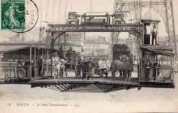 ROUEN  -  Le Pont Transbordeur  ( Attelage Chevaux ) - Rouen