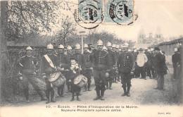 27-ECOUIS -FETES DE LA MAIRIE DES SAPEURS-POMPIERS APRES LE DEFILE - Francia