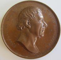 M01928  AUTRICHE - FRANCISCUS WIRER - RETTENBACH - VIENNE FUNDATORI S. 1843 - Son Profil  (86g) Allégories Au Revers - Firma's