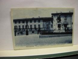 PONTASSIEVE  --FIRENZE  ---  PIAZZA  VITTORIO EM. E CASERMA  DEL RR. CARABINIERI - Firenze (Florence)