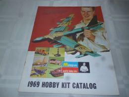 CB11 Catalogue 30 Pages Hobby Kit 1969 Avion   Bateau   Voiture - Circuits Automobiles