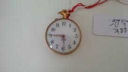 MONTRE DE COL EN OR 18K - Watches: Bracket