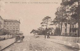 MOULLEAU  - 260 - Le Casino - La Grande Rue Conduisant à La Plage - France