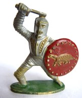 Figurine  CYRNOS MOYEN AGE CHEVALIER MA10 BRANDISSANT EPEE ECU TAUREAU (1) 50's Pas Starlux Clairet Cassé - Starlux