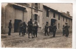Nr.  6957,  FOTO-AK,  Übung Mit Gasmasken - Guerre 1914-18