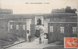 IVRY-sur-SEINE : Le Fort - Ivry Sur Seine
