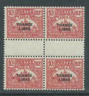 """Madagascar Taxe N° 20 XX,Partie De Série 10 C. Rose Surchargé """"France Libre"""" En Bloc De 4, Sans Charnière, TB - Madagascar (1889-1960)"""