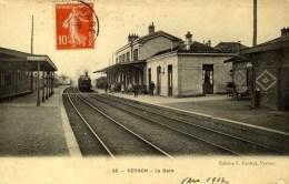 VERNON - D 27 - La Gare - Train - Vernon