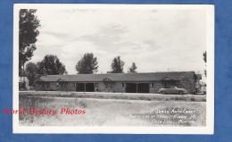 CPA Photo RPPC - DEER LODGE , Montana - Jones' Auto Court , North End Of Town - Hiway 10 - Voiture Auto - Etats-Unis