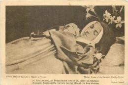 CP BIENHEUREUSE BERNADETTE AVANT LA MISE EN CHASSE - Saints