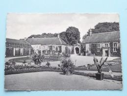 Château De Modave Cour D'Honneur ( Thill ) Anno 19?? ( Zie Foto Details ) !!
