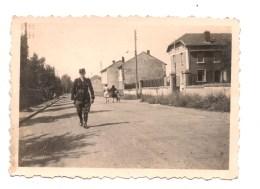 Bouligny.Gendarme A Pied. Rue De La Gendarmerie. Photo 1947. - France