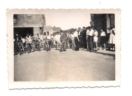 Marciac. La Gendarmerie. Le Depart De La Course. Photo 1948. - Other Municipalities