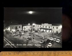 CHIETI Abruzzo : Facciata Della Stazione Notturno Parking Auto Fiat 500 600 850 1500 Scooter Vespa - Chieti
