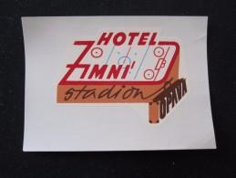 HOTEL CEDOK ZIMNI STADION OPAVA CSSR CZECH BULGARIA CROATIA POLAND LUGGAGE LABEL ETIQUETTE AUFKLEBER DECAL STICKER - Hotel Labels