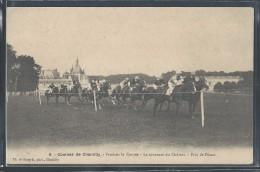 CPA 60 - Chantilly, Les Courses - Pendant La Course - Le Tournant Du Château - Prix De Diane - Chantilly