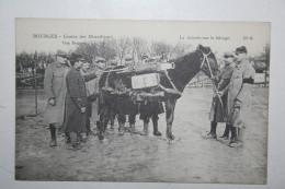 Bourges - Centre Des Mitrailleurs - La Théorie Sur Le Bâtage - War 1914-18