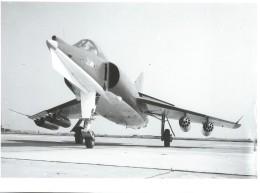 Photographie D´époque/Avions Marcel DASSAULT/Avion De Combat à Identifier ( Etendard?)/Vers 1960-1970   AV15 - Aviation