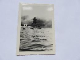 Ww2  Bombardement De La Flotte Par Les Anglais Bateau Coulé à Identifier   Vichy Pétain 2 Eme Guerre - Guerre, Militaire