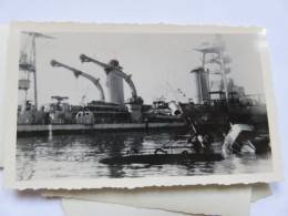 Ww2  Bombardement De La Flotte Par Les Anglais Bateau Coulé . à Identifier  . Vichy Pétain 2 Eme Guerrre - Guerra, Militari