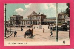 51 MARNE REIMS, La Gare, Animée,  (L. L.) - Reims