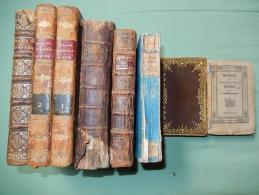 LOT DE 8 LIVRES ANCIENS  (RELIGIEUX) - Books, Magazines, Comics