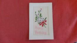 Embroidered == Happy Birthday ======     ===  Ref  2189 - Borduurwerk
