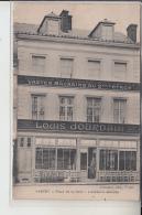 76  - YVETOT -   Place De La Halle  - Louis  DOURDAIN -........ - Yvetot