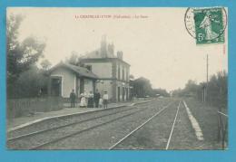 CPA - Chemin De Fer Cheminots La Gare De LA CHAPELLE-YVON 14 - France