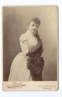 Ancienne Grande PHOTO Circa 1889 De BOYER, Bd Des Capucines à PARIS (75): FEMME ELEGANTE ( Jeanne MAY) MODE, TOILETTE - Fotos