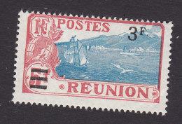 Reunion, Scott #119, Mint Hinged, View Of St Pierre Surcharged, Issued 1924 - Reunion Island (1852-1975)