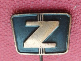 Z87 - ZASTAVA AUTO CAR, SERBIA - Pin's