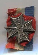 P79 ANCIEN INSIGNE CONCOURS DE GYMNASTIQUE 1909 BEAUCOURT FRANCHE COMTE - Badges & Ribbons